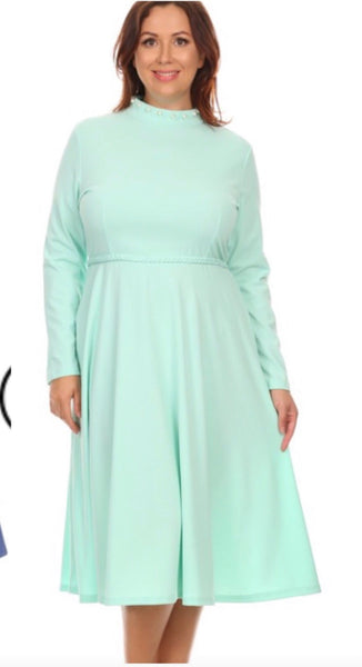 Hollis Dress- Mint  PLUS