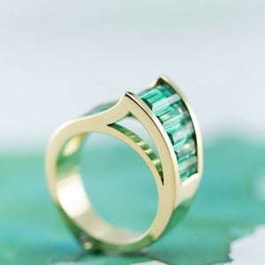 Designer Emerald 18ct yellow gold ring
