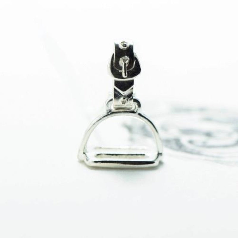 medium silver stirrup pendant NZ