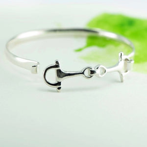 Open silver snaffle bit bangle NZ