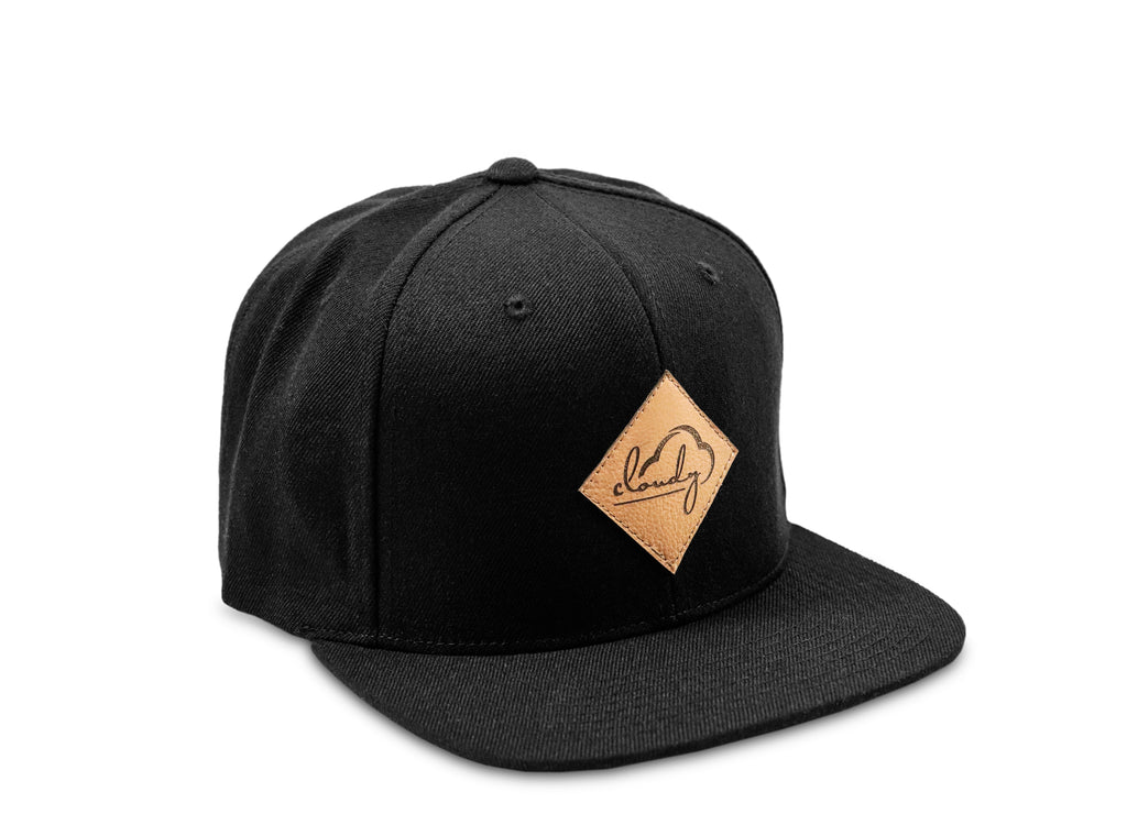"Classic Snapback ""cloudy"" black/ leather patch"
