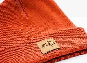 "Beanie ""cloudy"" rusty orange/ leather patch"