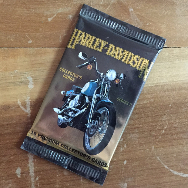 A TSY VINTAGE GOODS HARLEY-DAVIDSON COLLECTOR'S CARDS SERIES 2, 1 PACK OF 10 CARDS