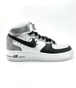 NIKE AIR FORCE NERO ARGENTO BORCHIE