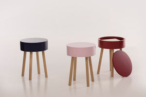 Piilo Stool, pomegranate red