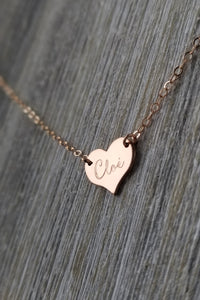 Tiny pendant heart necklace