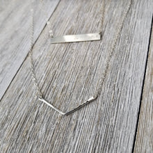 Load image into Gallery viewer, Hammered chevron necklace