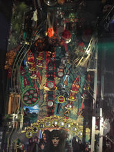 Load image into Gallery viewer, Lord Of The Rings Pinball Machine