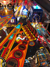Load image into Gallery viewer, Dr Who Pinball Machine