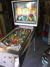 Load image into Gallery viewer, Pinball Cue Tease