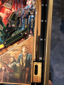 Hobbit Pinball Machine Gold Smaug Edition