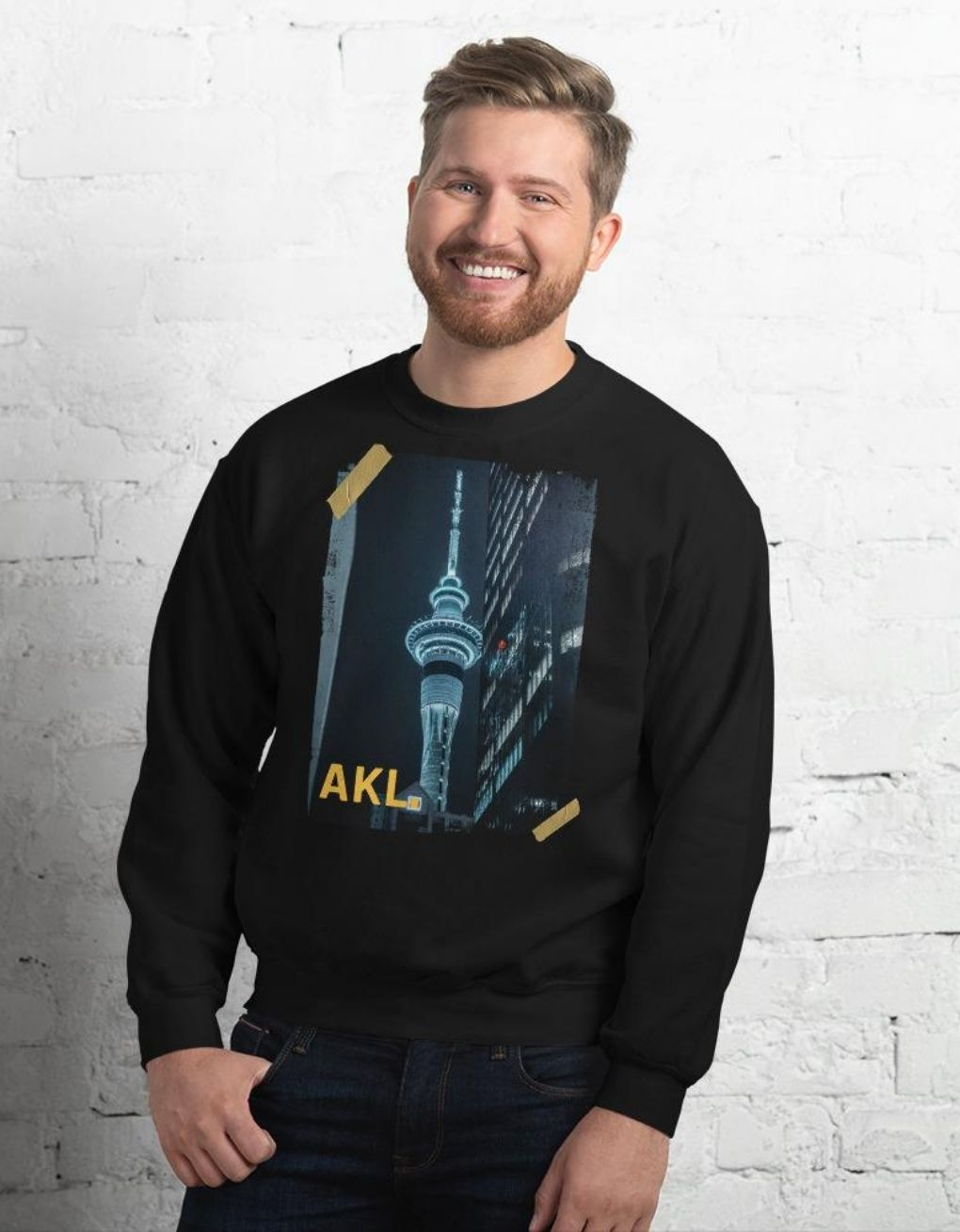 Auckland Sky Tower - Vintage Retro Men's Sweatshirt