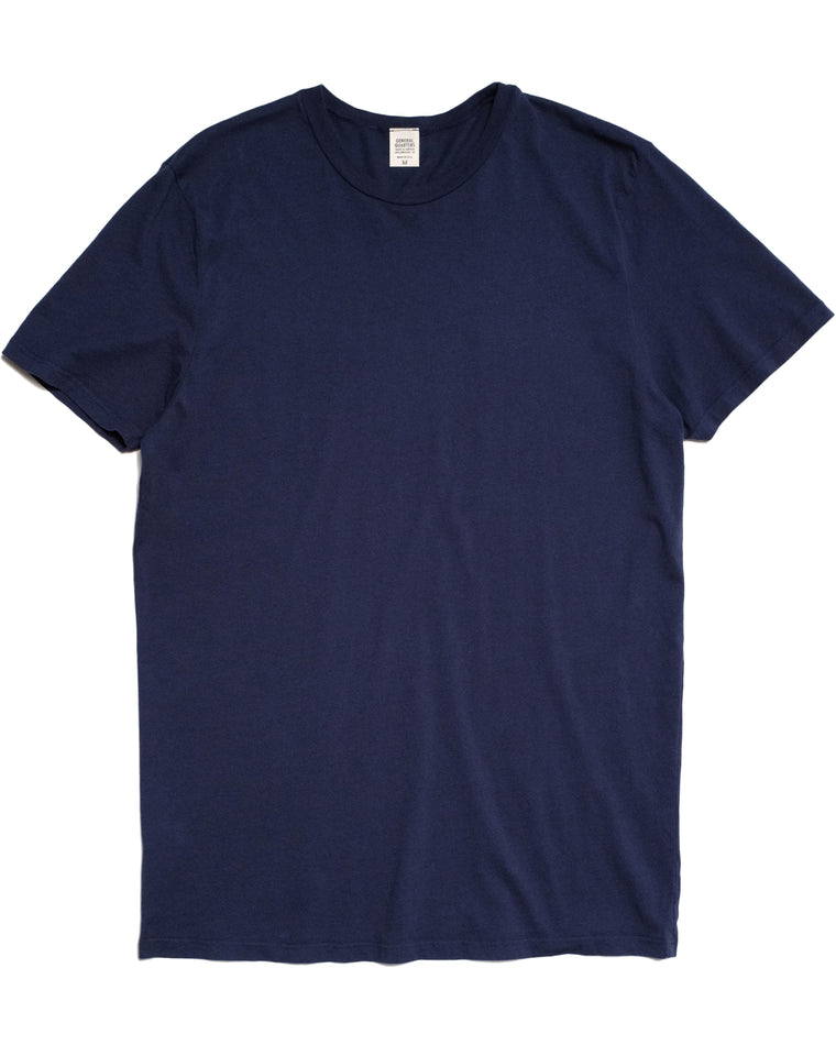 Basic T-Shirt in Navy