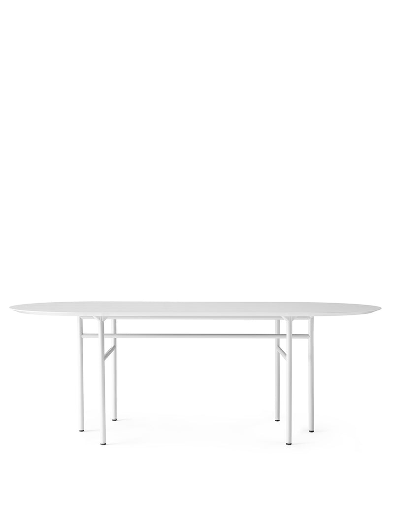 Snaregade Oval Table