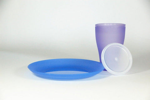plastic cup with lid and plate