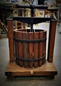 SC&W Co. Chicago Cider/Grape Press