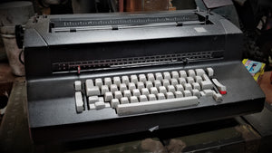 IBM Selectric II Electric Typewriter w/ Extras