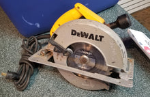 "Load image into Gallery viewer, DeWalt DW384 8-1/4"" 15Amp Circular Corded Saw"