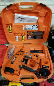 Paslode IM250S Cordless 16Ga Straight Finish Nailer w/ 2 Batteries, Charger, & Case