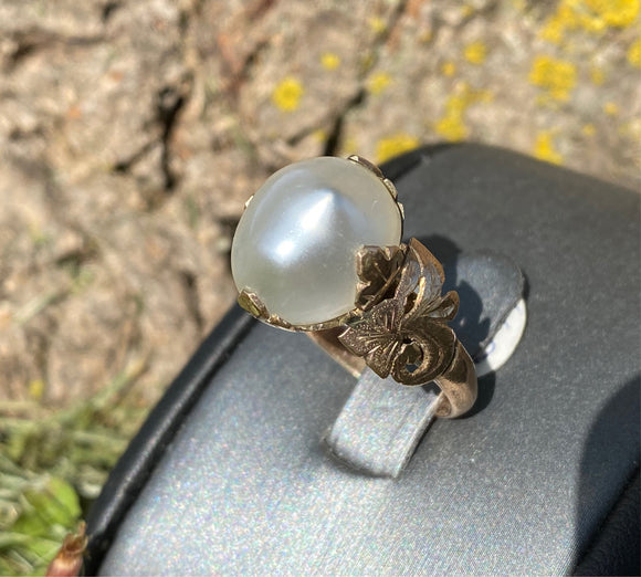 Vintage Natural White Pearl Ring - 10K Gold Ornate Setting