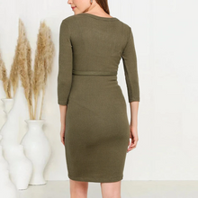 Load image into Gallery viewer, Maternity Pure Color Single-breasted Belted Knit Dress