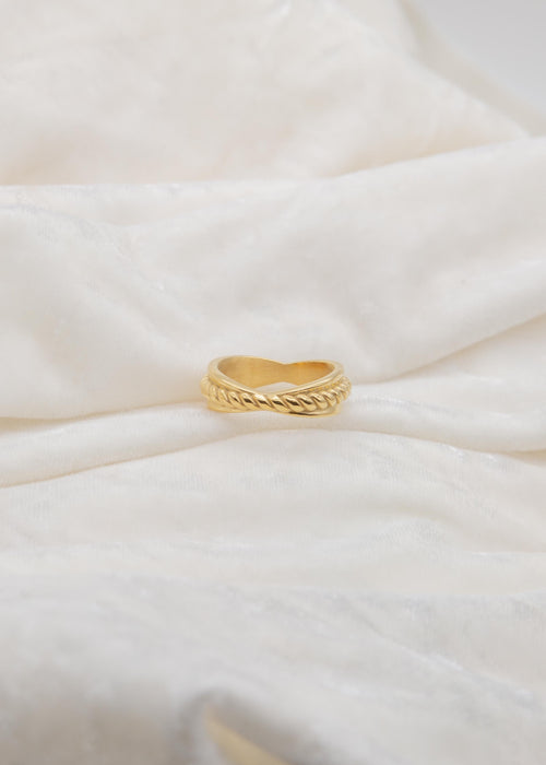 Halo 18K Gold Plated Twisted Ring