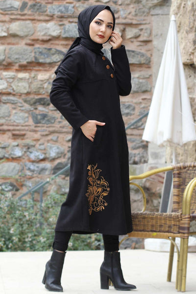 Women's Embroidered Hem Black Cachet Coat