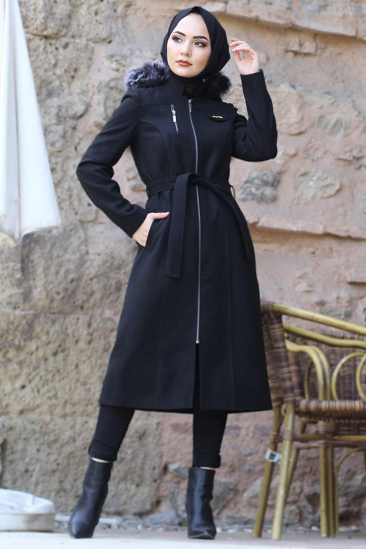Women's Belted Black Cachet Coat