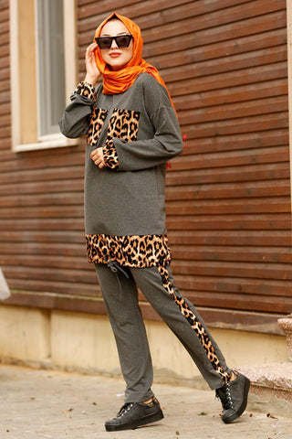 Women's Leopard Pattern Smoky Sweat Suit