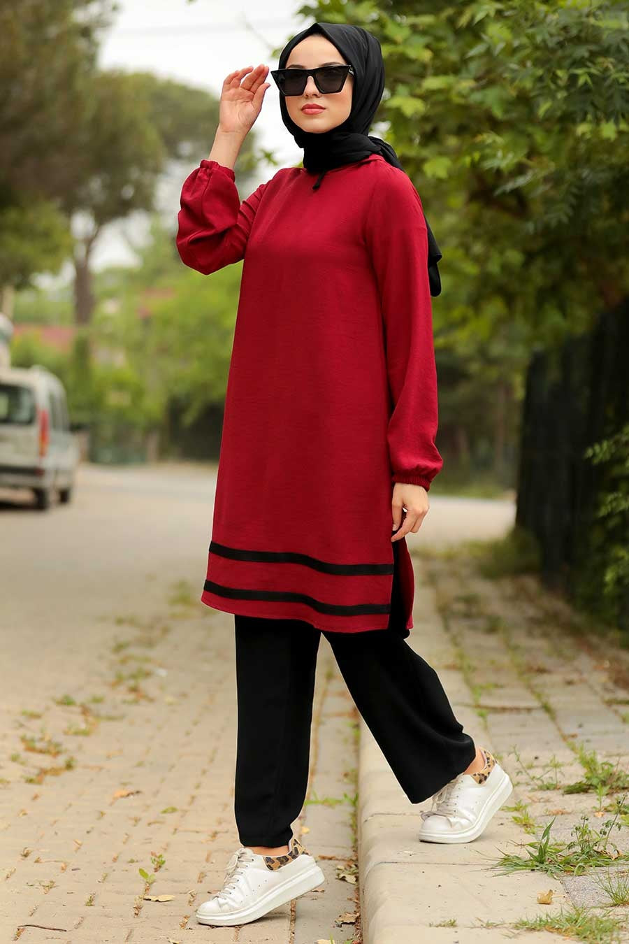 Women's Striped Claret Red Modest Tunic Pants Set