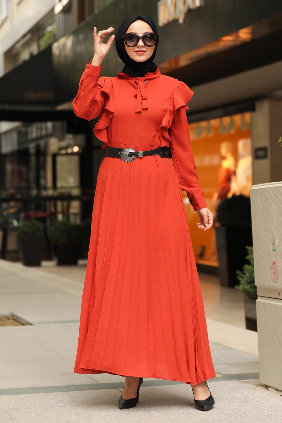 Women's Belted Tile Red Modest Dress