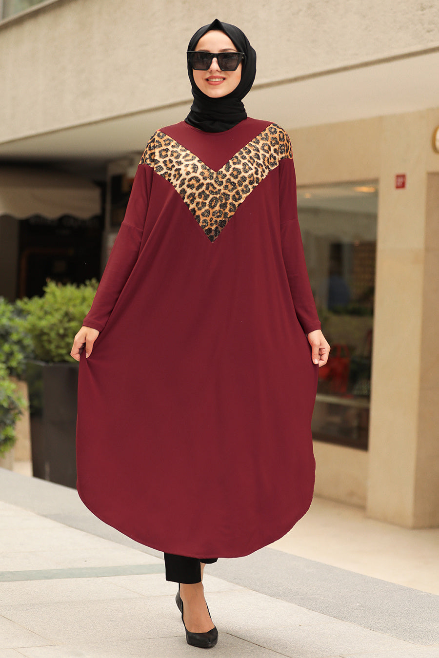 Women's Leopard Pattern Claret Red Modest Tunic