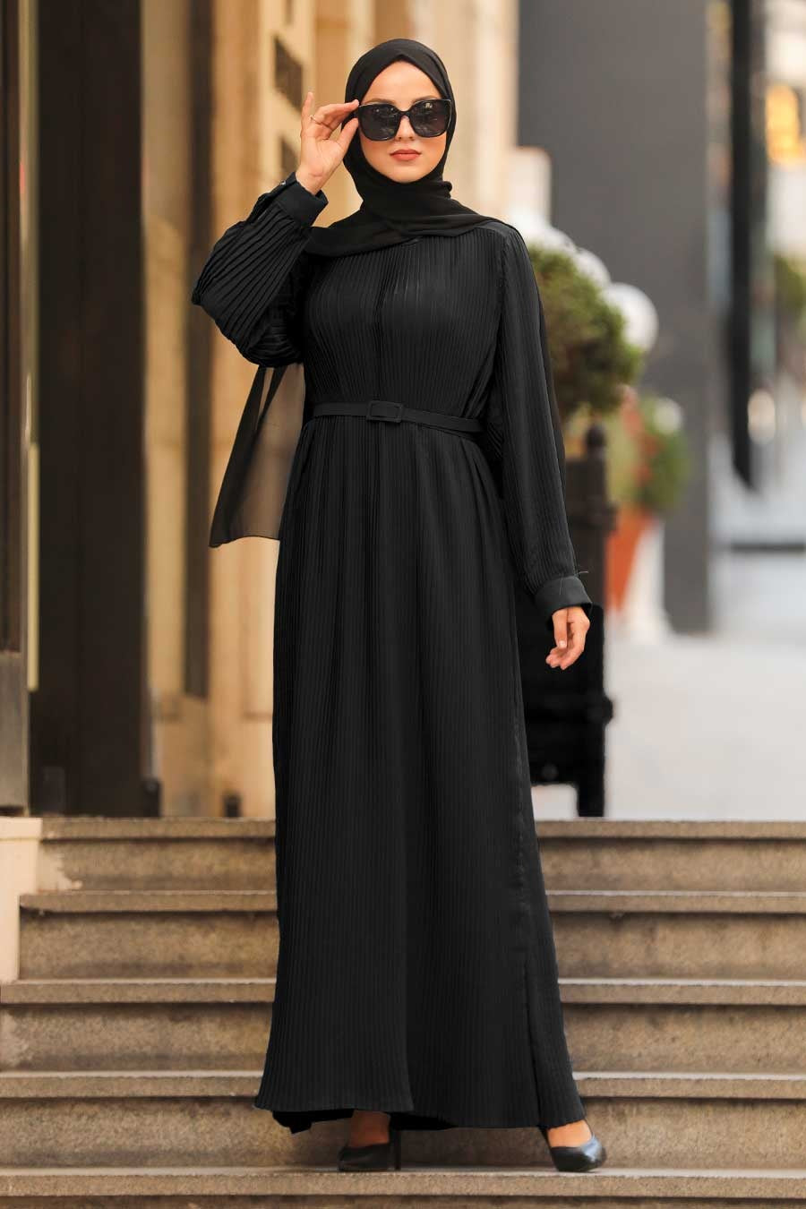 Women's Pleated Black Modest Long Dress