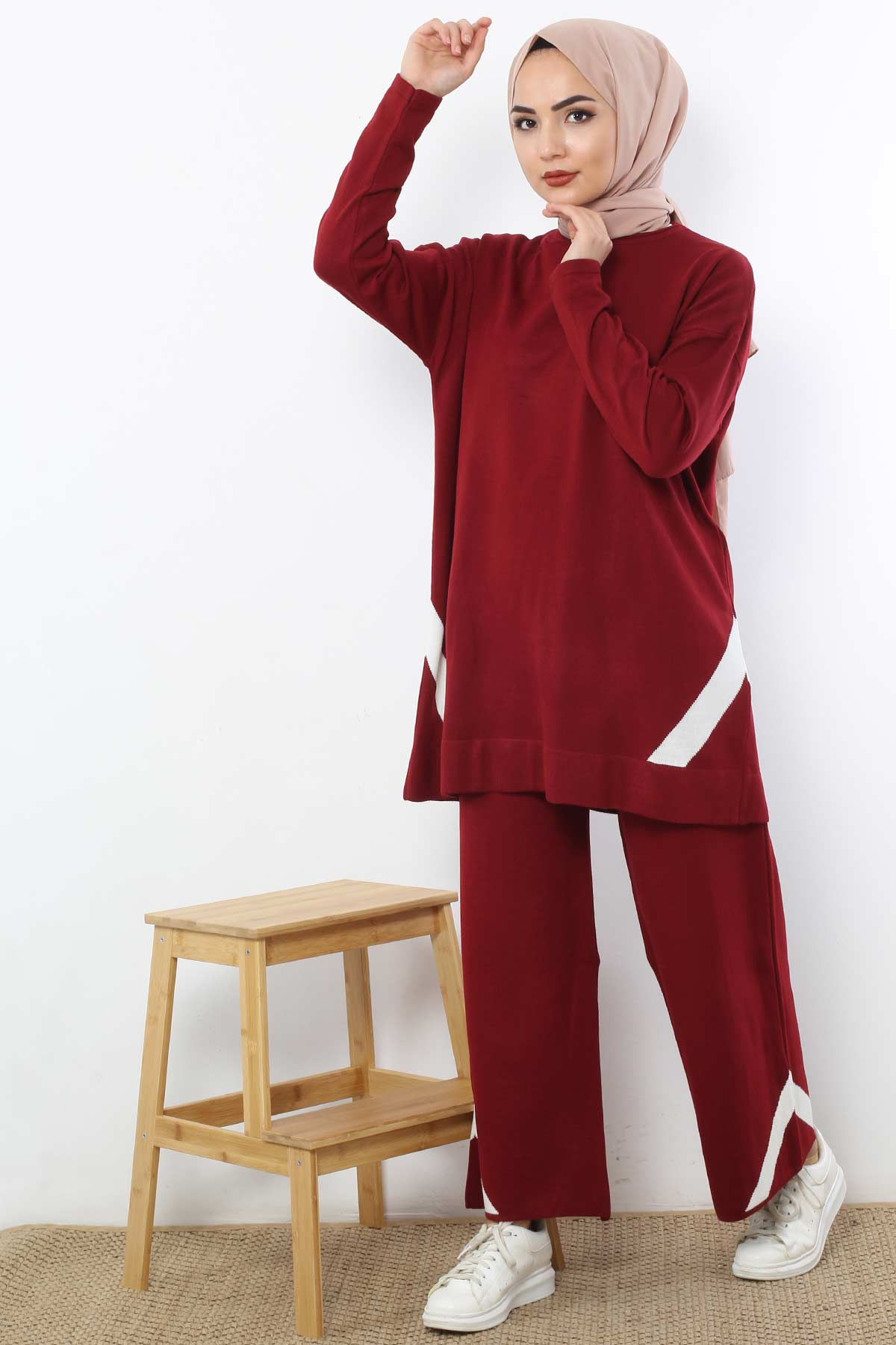 Women's Claret Red Tunic & Pants Set