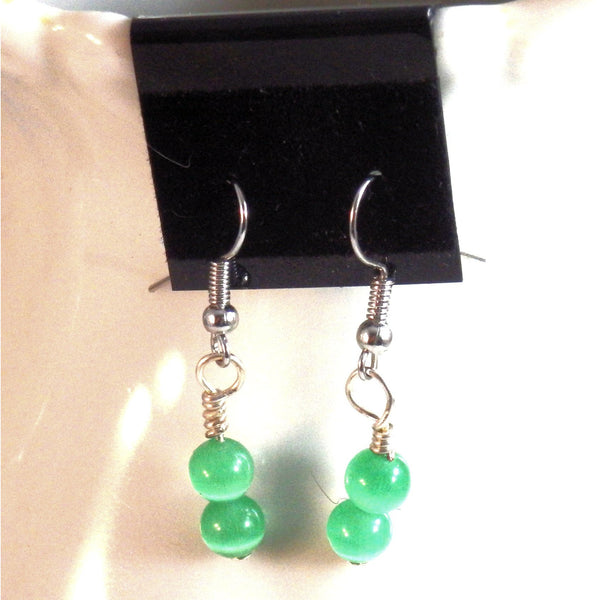 Green Catseye Glass Beaded Earrings 1534