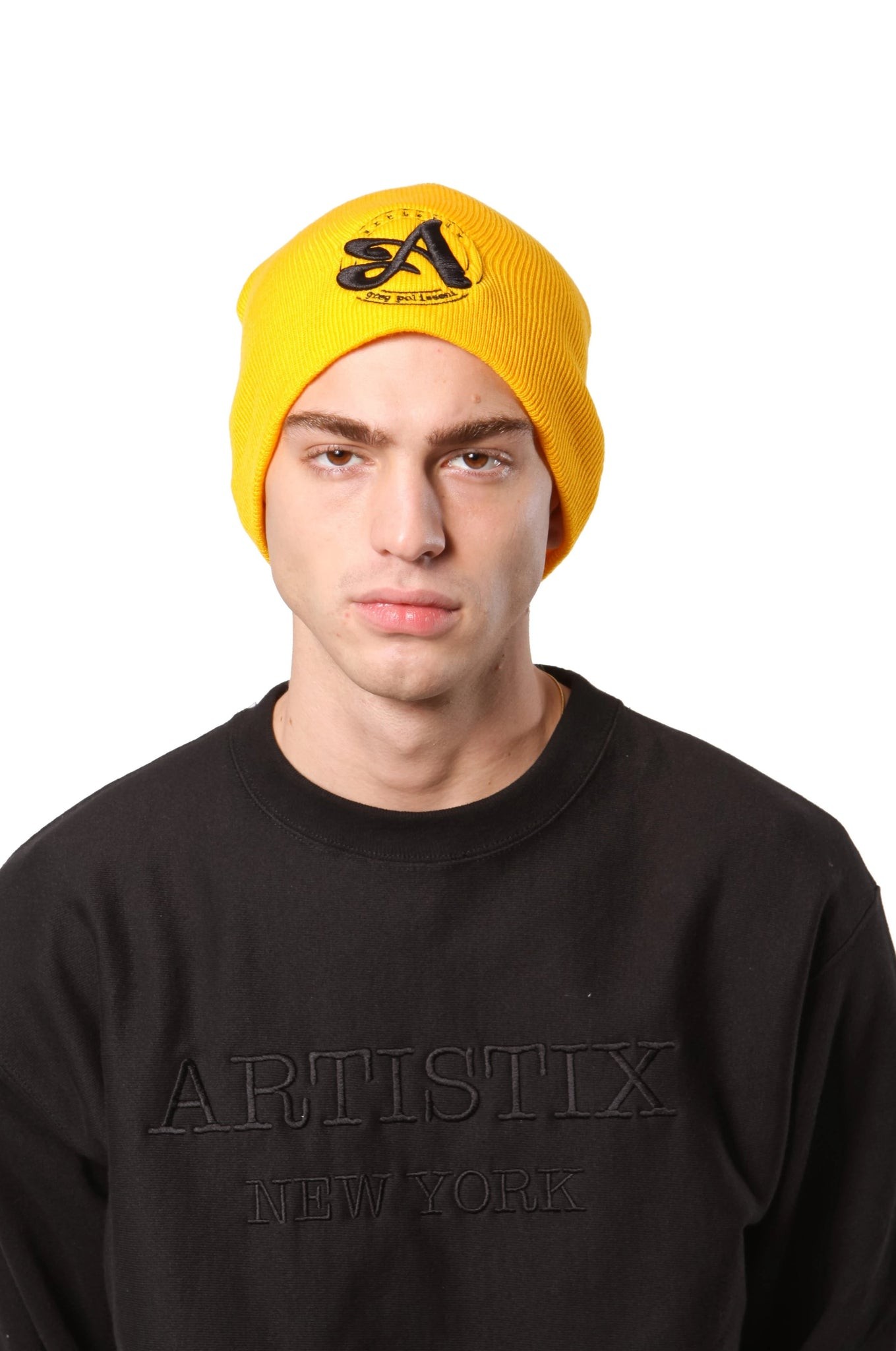 A Circle 3D Embroidered Beanie - Gold