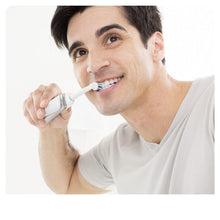 Load image into Gallery viewer, Oral-B SmartSeries 6500 CrossAction Electric Toothbrush