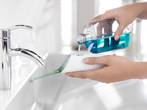 Philips Sonicare AirFloss Power Flosser with Bonus Nozzle (UK 2-pin plug)