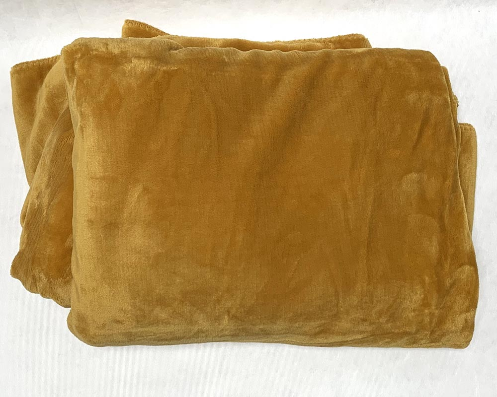 Super Soft Velvet Cosy Throw Mustard