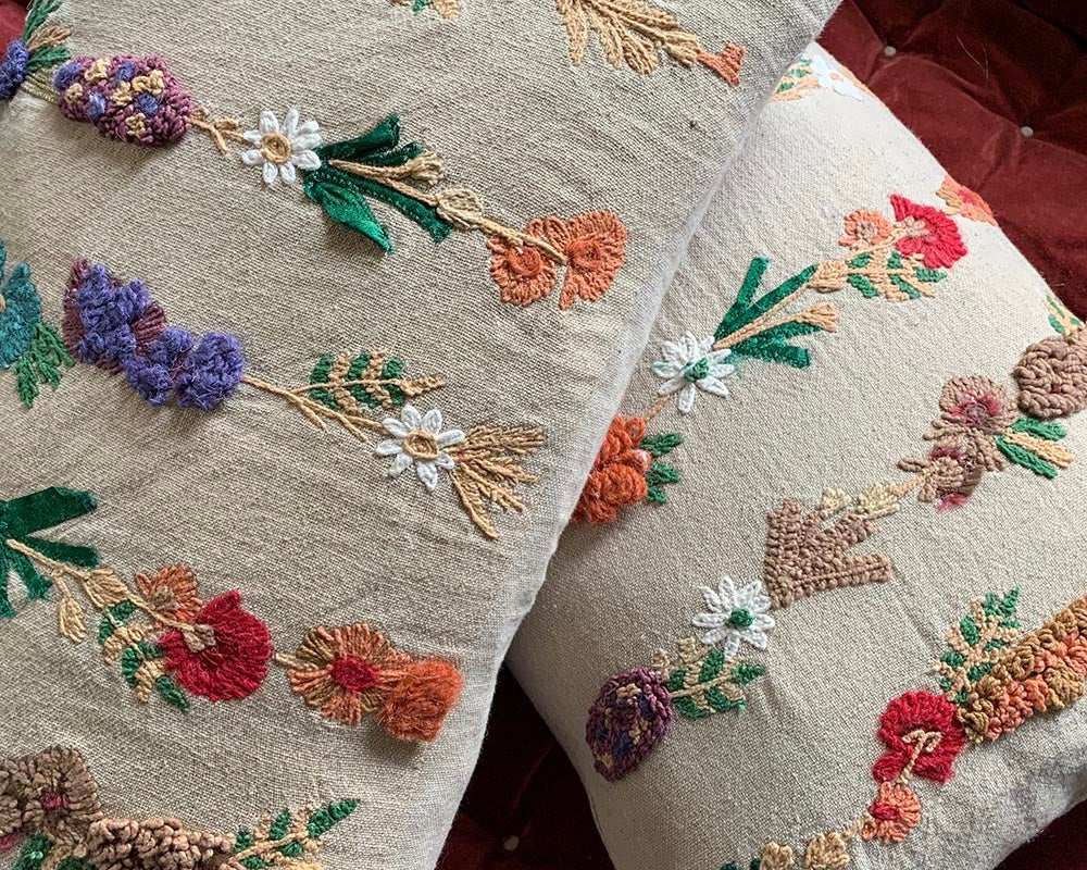 Embroidered Daisy Chain Cushion
