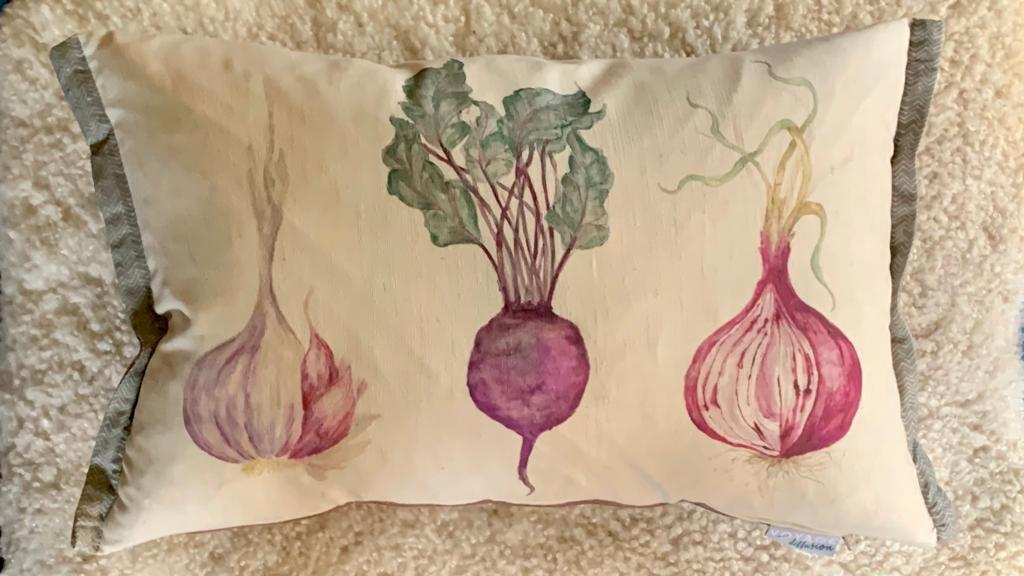 Winter veg cushion