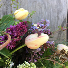 Load image into Gallery viewer, Barnswallow's Mother's Day Floral Design Course! - May 8th