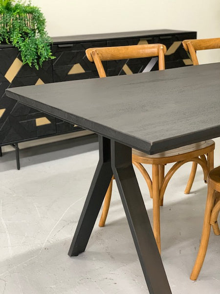 Live edge table- BLACK