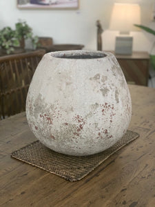 Textured sediment pot