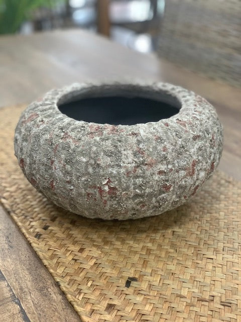Textured urchin pot