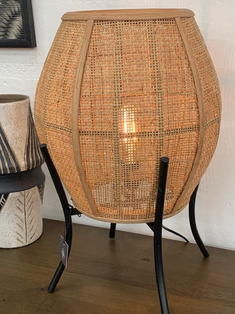 Echuca table lamp
