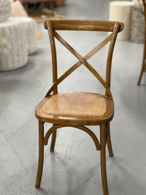 Windsor dining chair- mid brown