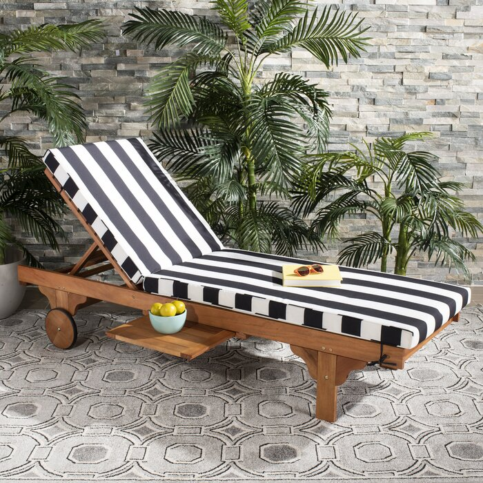 Alvah Reclining Chaise Lounge with Black & White Cushion      #ta5341