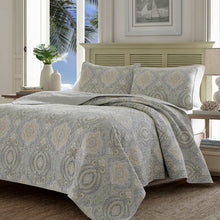 Load image into Gallery viewer, Gray/Tan/Blue Turtle Cove Reversible Quilt Set (KING)  #5230