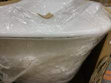 "Load image into Gallery viewer, Orion 67"" X 32"" Freestanding Soaking Bathtub #834"